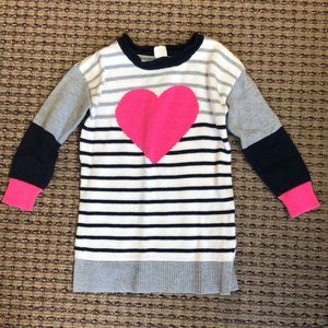 GAP heart sweater. 3T. Excellent condition.